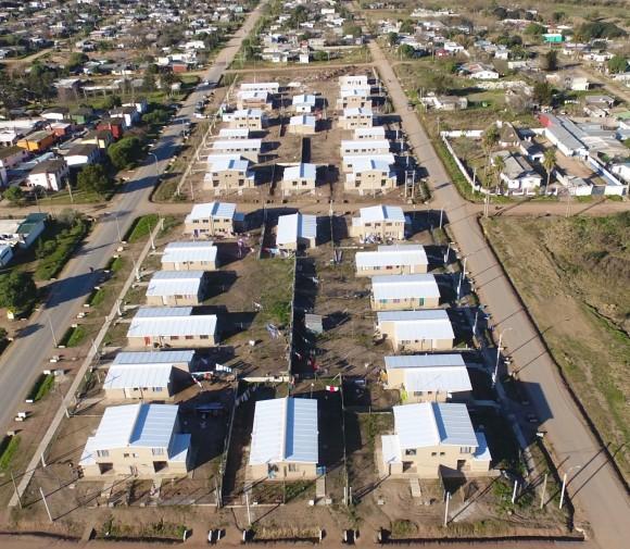 Complejo de viviendas en Pando